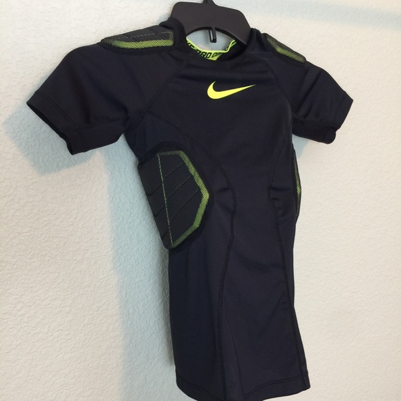 nike shirts 2 for 30